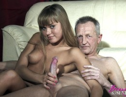 Horny old naked chap gets his big cock sucked hard by babe