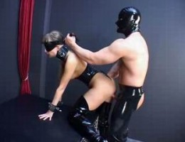 blindfold sexy latex babe blowing cock and getting fucked