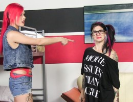 Watch Arabelle, Chelsea, Nero and Joanna Angel in this BTS.