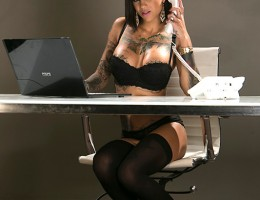 Bonnie Rotten\'s boss Keiran Lee keeps calling her into his office for dressing too slutty, but she\'s not fooled. Bonnie knows the real reason he\'s calling her in there is because he wants to fuck her. So she strips out of her work outfit and has Keiran