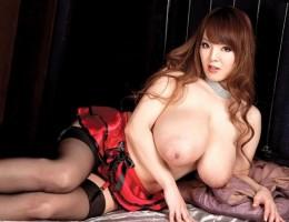 Hitomi Tanaka The Biggest Japanese Boobs