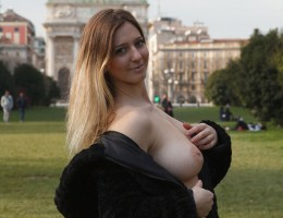 Sera Rossini Shuts Down Italy
