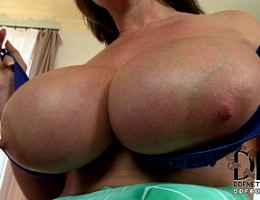 Eva Notty Gets A Gusher Of Cum Between Her 34L Knockers