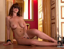 Sultry Babe LaTaya Roxx Gets Naked & Flirts Through Her Mask