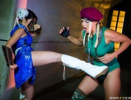 Round 1: Fuck! Cammy (Christen Courtney) has been jonesing for a taste of Chun Lis (Rina Ellis) tight lil pussy ever since Super Street Fighter II. Which of these two legendary characters will cum out on top? Either way,