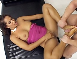 Girl Cumming On This Guy Because Of Her Sexy Foot Fantasy!