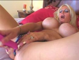 Lesbian strapon interracial huge tits fuck1