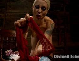 Mistress Lorelei Lee\'s Panty Worship POV!