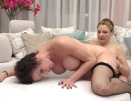 Mom gets ass and pussy licking from another mom
