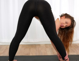 Doing yoga to keep in shape is a natural answer for Taylor Sands, a 24 year old hottie with a perfect set of all naturals. She\'s quick to slip out of her yoga pants and use the equipment for other purposes such as masturbating her greedy trimmed twat unt
