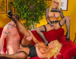 Slutty daughter seduces mom\'s new boytoy, and mom is PISSED!