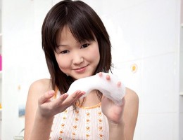 Eurasian Teen Cutie Aliona Masturbates With A Shower Head
