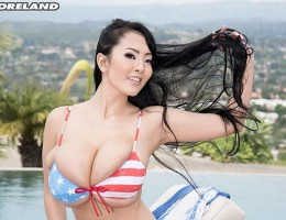 Hitomi Tanaka in a hot USA bikini
