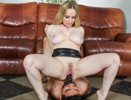 Guy does everything the sexy Aiden Starr tells him to do.
