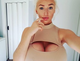 Busty amateur blonde Prinsessemart