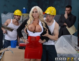 Lolly\'s office is under renovation, and she can\'t drop by without the asshole construction workers harassing her nonstop. After her boss threatens to fire them, she notices that Erik is more focused on his hammering than her tits, and decides that she n