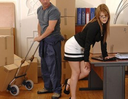 Hot Office Babe Hanna Montada Gets Fucked Hardcore By Mover