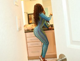 12 pics and 1 movie of Jaydenstarr2 from Round And Brown