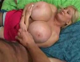 Huge Tits Jerk Off