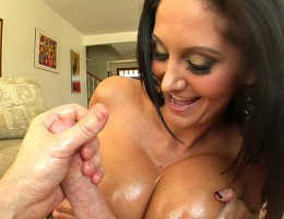 Lucky guy gets to fuck amazing huge boobs and cum on them !