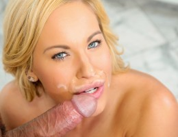 Sexy Olivia Austin blows and titty-fucks one lucky guy !